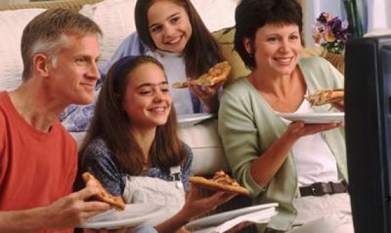 La alimentación y su trascendencia en las relaciones humanas - CEyDES